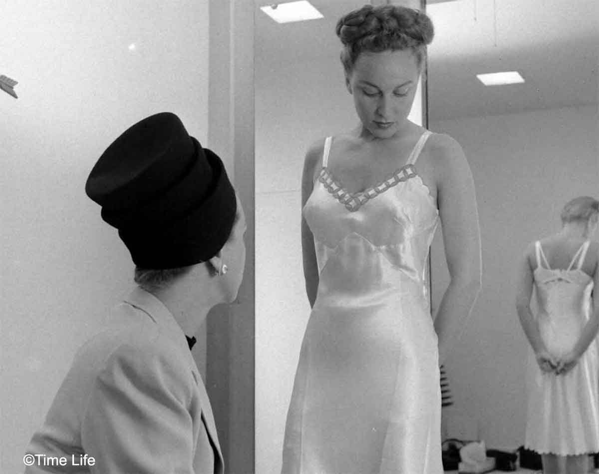 Neiman-Marcus---The-1940s-US-Fashion-Store9