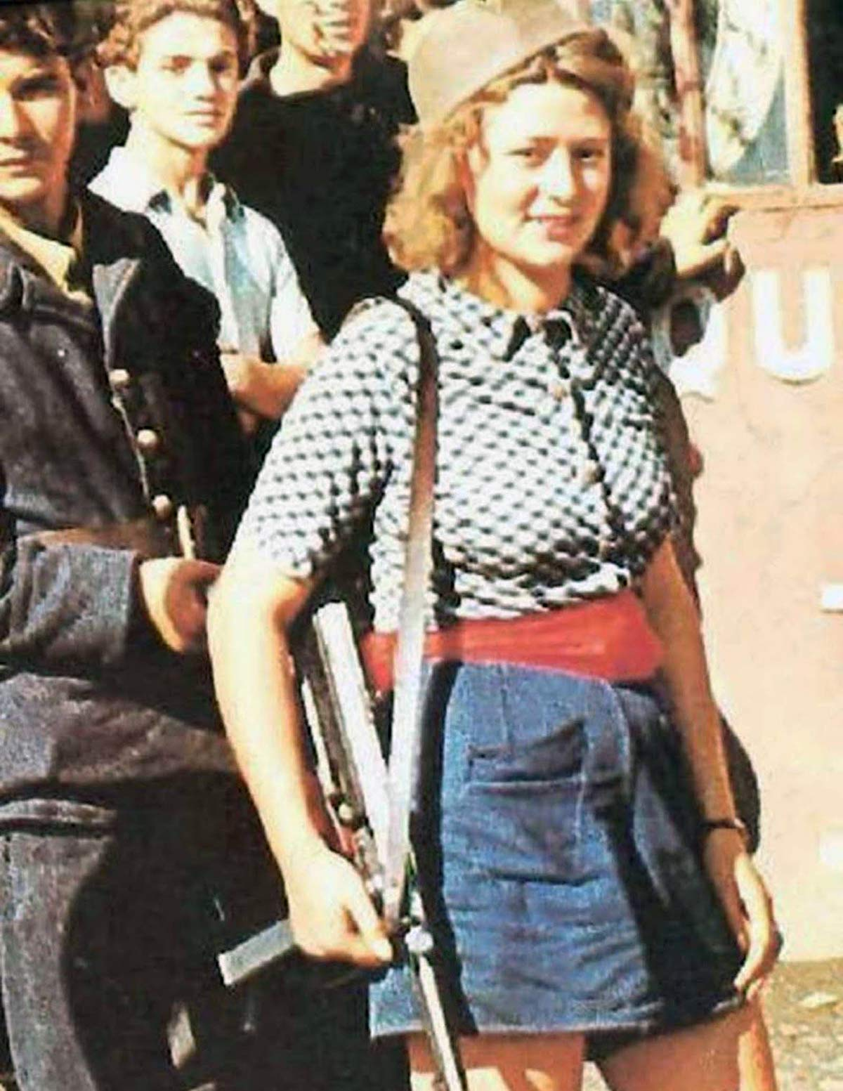 Simone Segouin - a French Resistance fighter