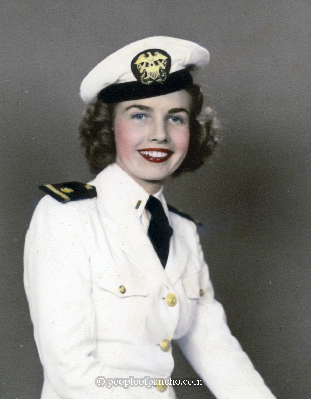 WW2 Nurse Uniform - Navy Nurse Corps Summer Uniform Image - People-of-Pancho