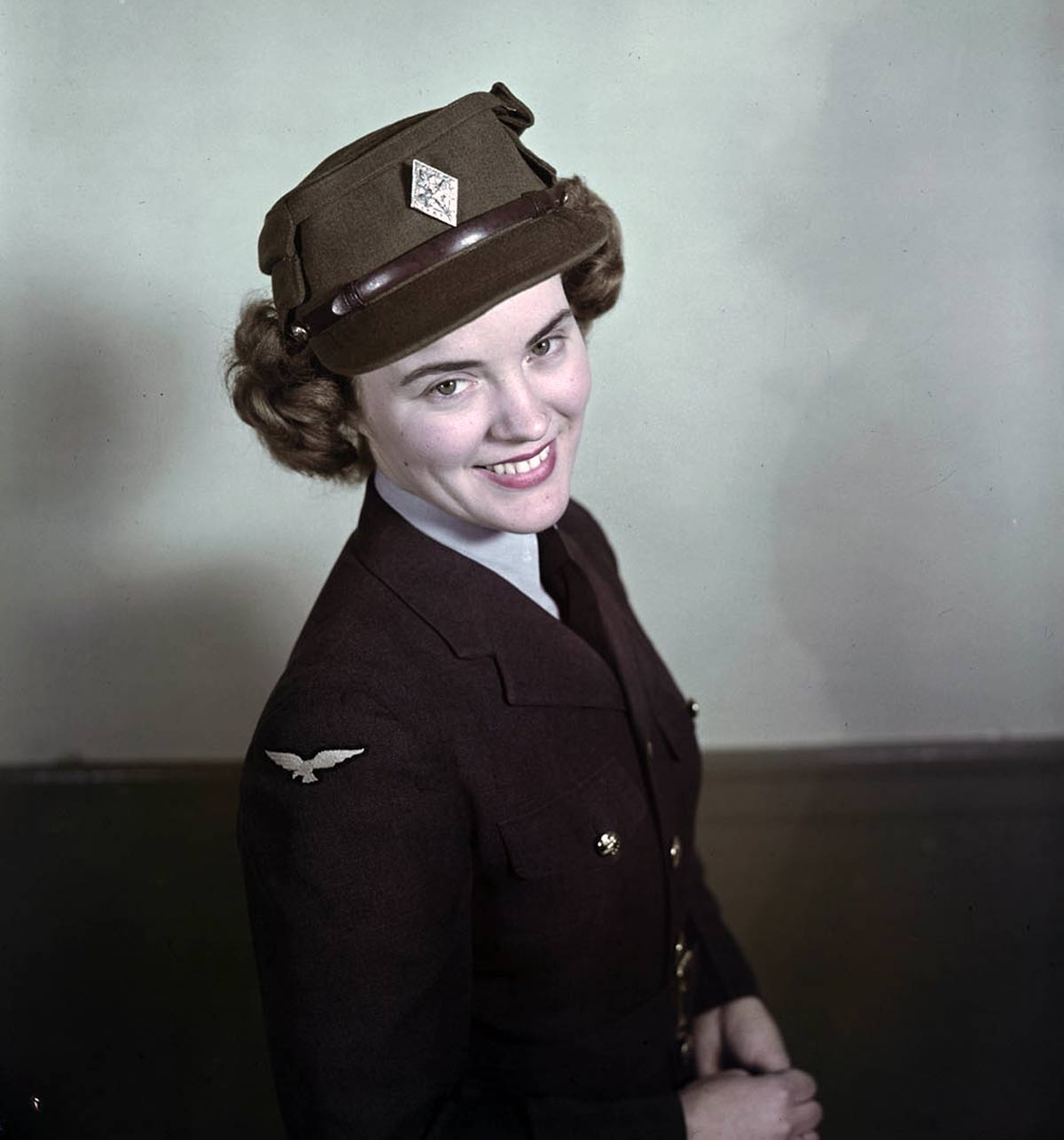 1940s-WW2-Women-of-Canada--cwac-1943