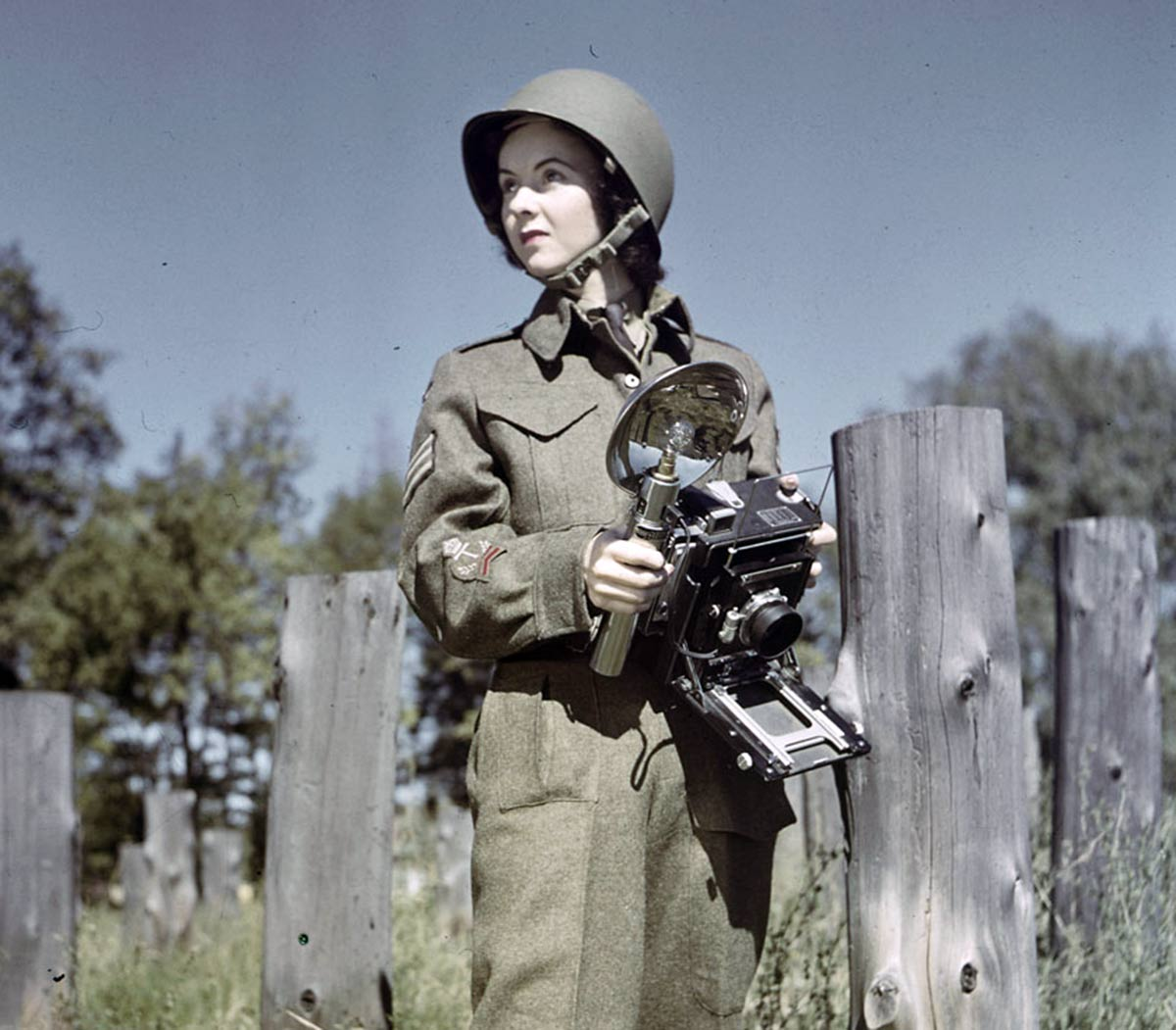 1940s-WW2-Women-of-Canada-cwac-karen-hermiston-1943