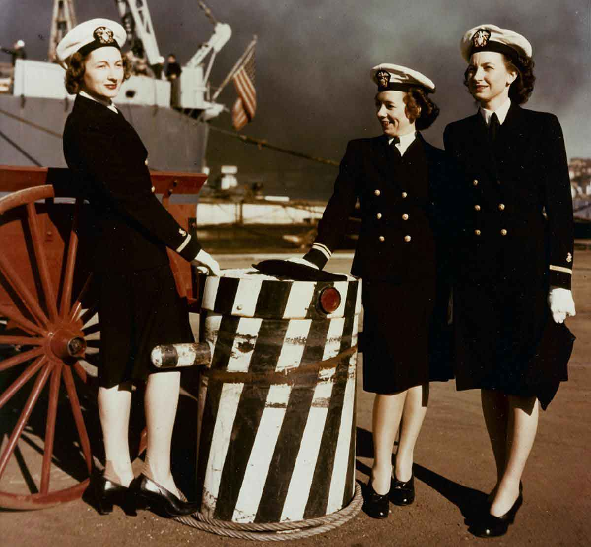 Nurses---Conflicting-Portrayals-of-WW2-Women-in-the-1940s