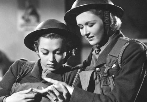 The-Gentle-Sex---Conflicting-Portrayals-of-WW2-Women-in-the-1940s