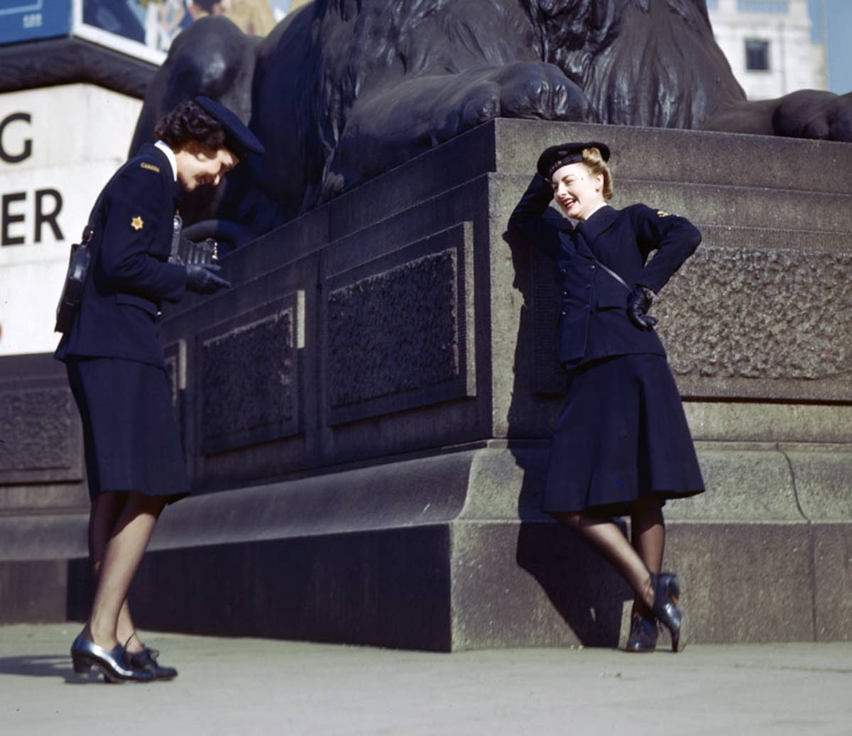 Two-WRCNS-girls-in-Trafalgar-Sq-London-1942