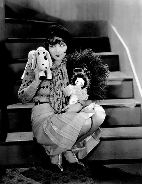 Clara Bow pleated skirt IT 1927