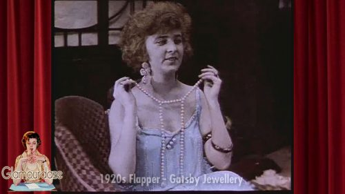 Flapper models Gatsby 1920s Jewelry
