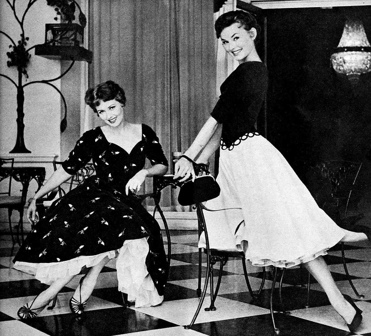 Winter-Dresses-1954