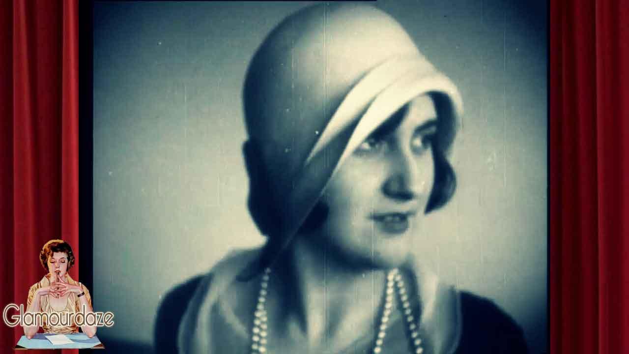 womens hats in 1930