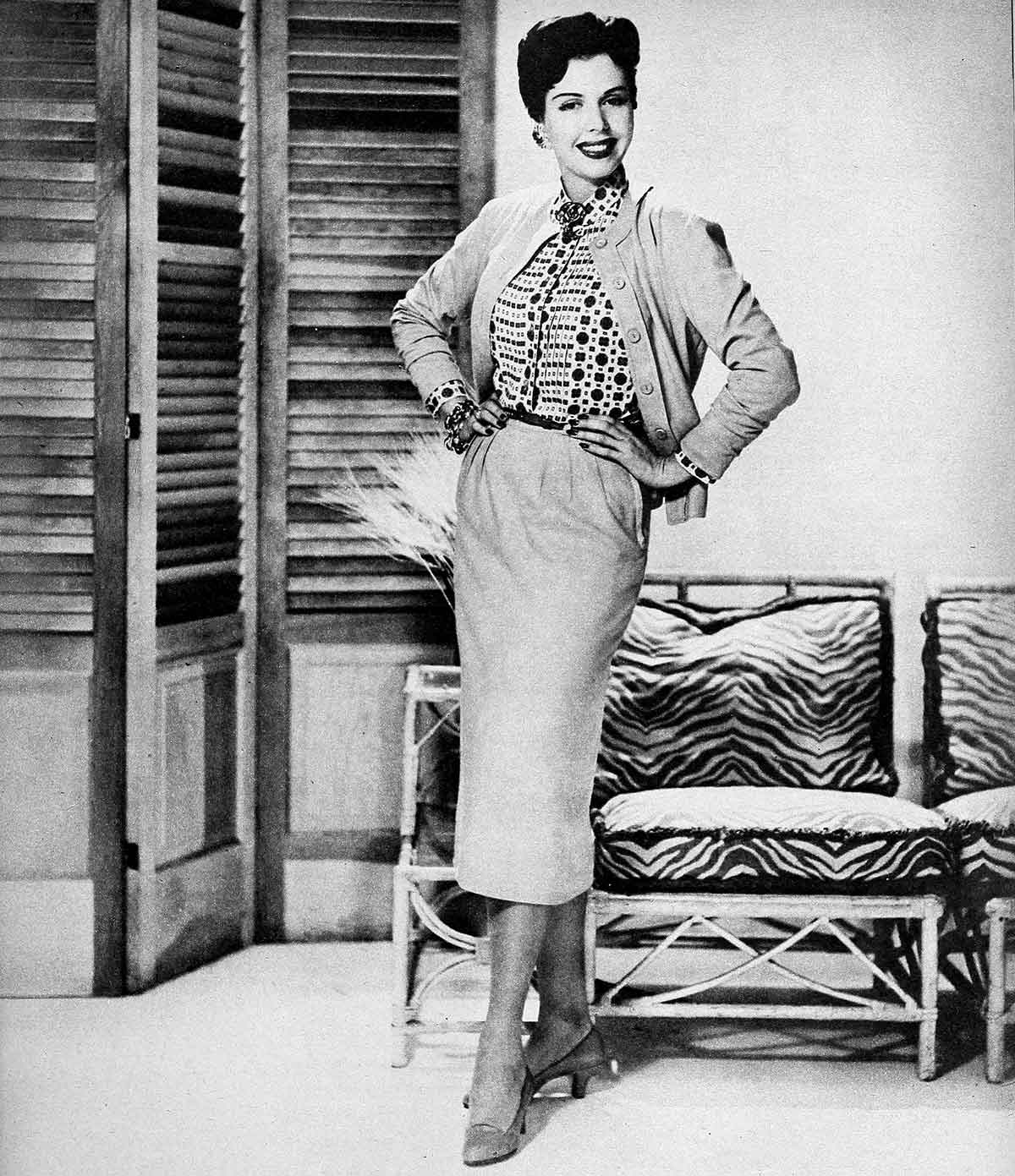 1950s-Fashion---The-Sweater-Winter-Dress-1954