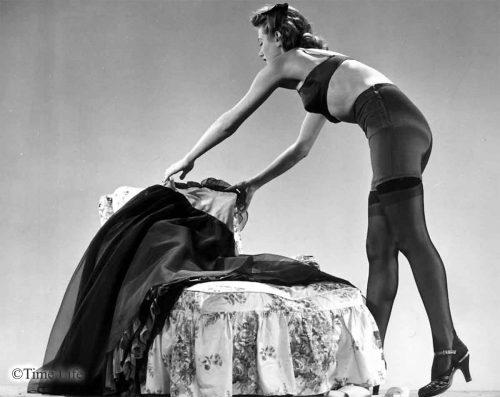 Winter-Underwear-1942---flannel-lined-girdle