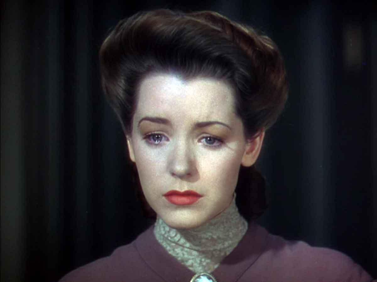Beautiful-lips-1940s---Marsha-Hunt