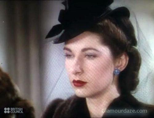 d9ac12abebf What did Women Wear in the 1940 s  1940s women