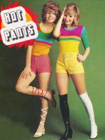 Hot-Pants-1971---1970-Fashion-Trends