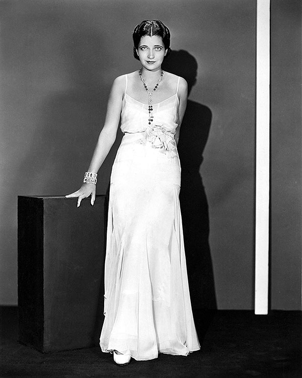 Style tips for tall girls in the 1940s - Kay Francis