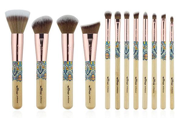 Makeup Brush Tutorial Zetaphi